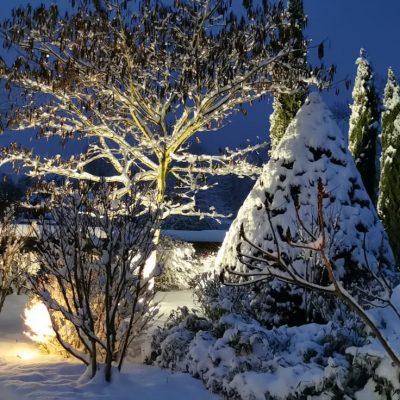 chalets maramour sous la neige